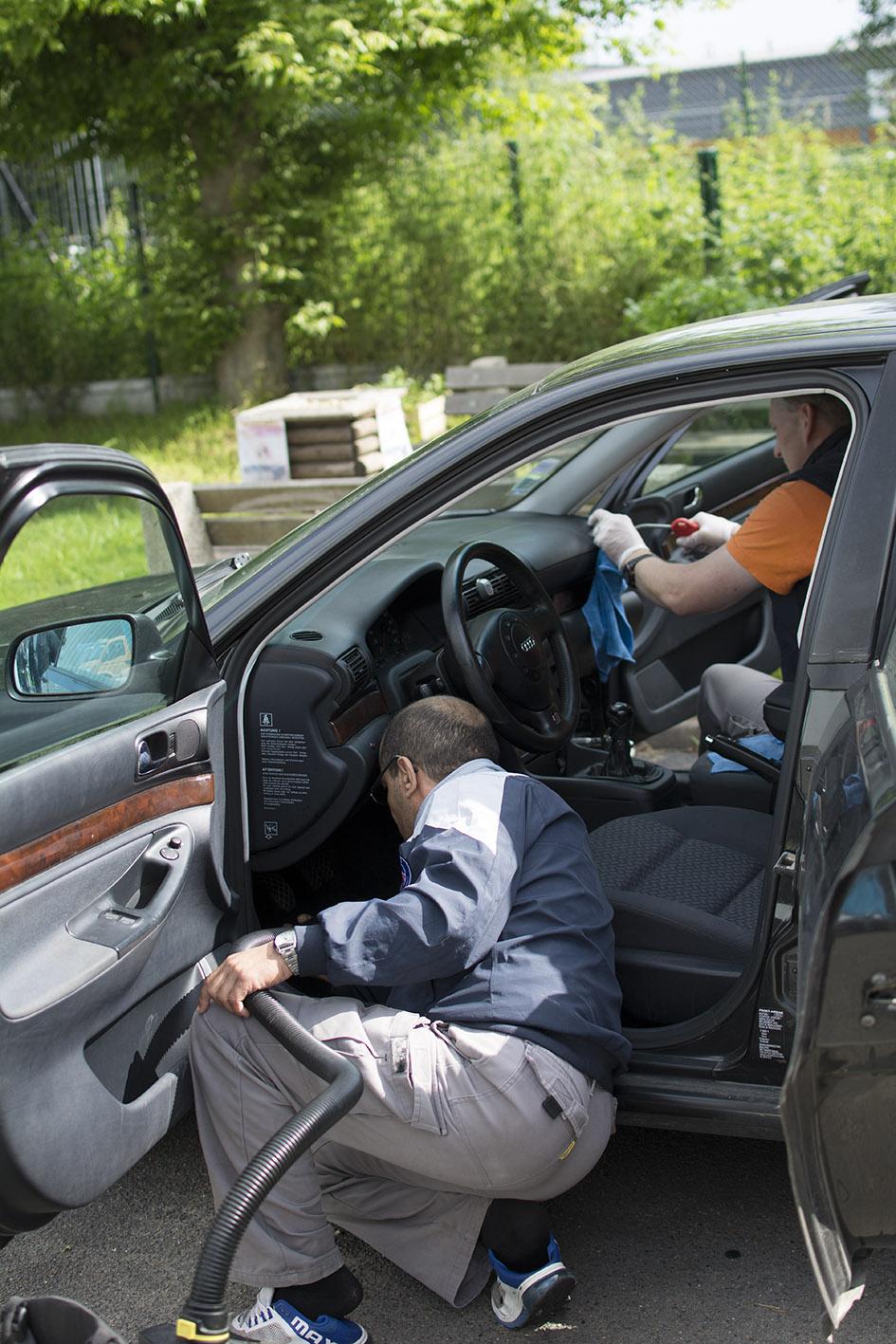 Nettoyage véhicules dans les Yvelines avec l'Esat Cotra de Fontenay le Fleury
